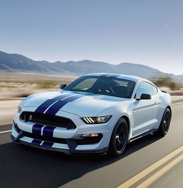Stay on Track with the Ford Shelby Shift Light Display