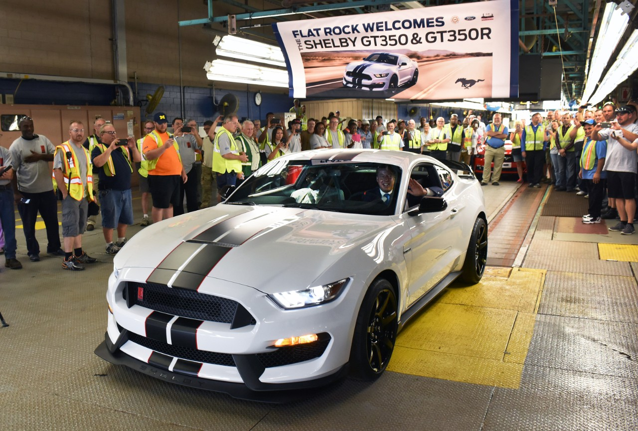 The Shelby GT350R Mustang Is on Its Way!