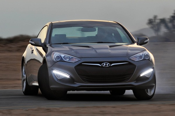 Minimalist Sports Car: Hyundai Genesis Coupe