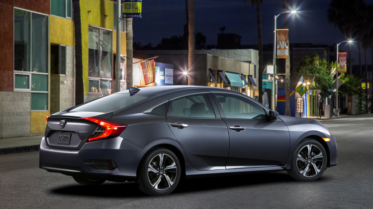 2016 Honda Civic Does Not Mess About