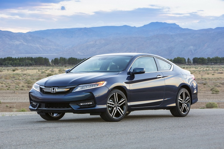 2017 Honda Accord V6 Coupe Turns Heads for Muscle Car Enthusiasts