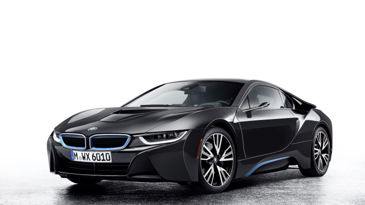 BMW Designs a Vehicle Without Any Mirrors