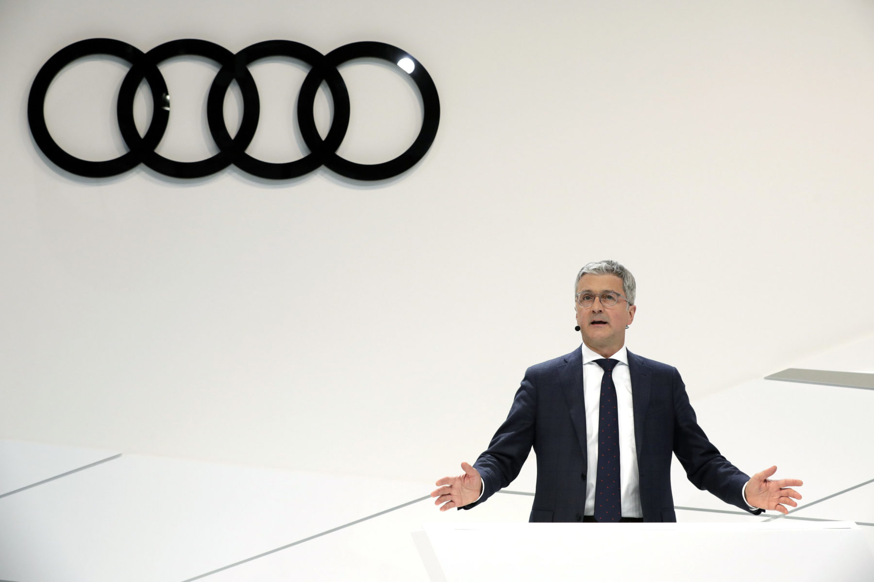 Former-Audi manager faces U.S. charges over VW diesel emissions